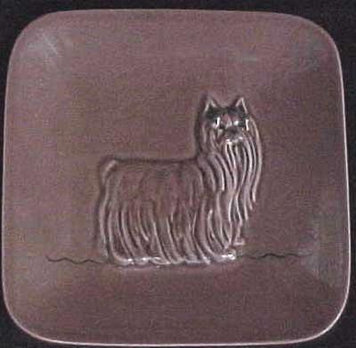 Tafel mit Yorkshire Terrier