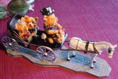 Wedding-carriage with Yorkshire Terrier