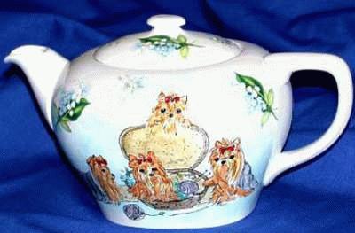 Teekanne mit Yorkshire Terrier