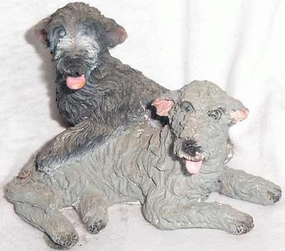 Spielendes Irischer Wolfshund Paar